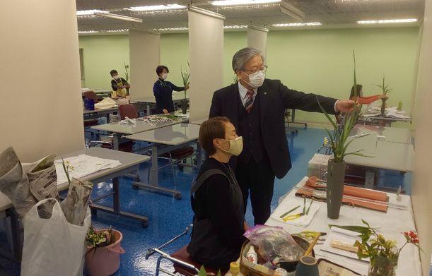井口立花研究室の様子